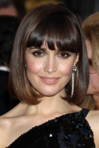 long pageboy haircut rose byrne